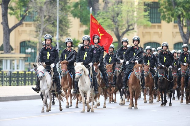Cavalry mobile police force makes debut hinh anh 1