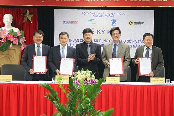 Mobile network operators agree to share 1,200 transceiver stations hinh anh 1
