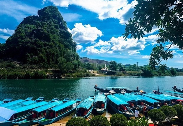Quang Binh offers large discounts to boost tourism hinh anh 1