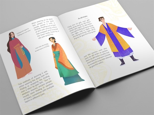 Bilingual book introduces Vietnamese costumes in 15th century hinh anh 1