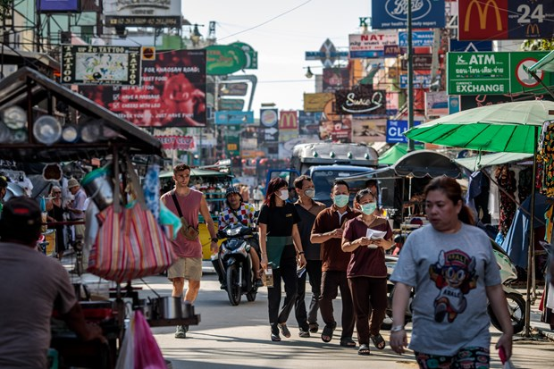 Thailand plans to reopen borders to tourists from low-risk countries hinh anh 1