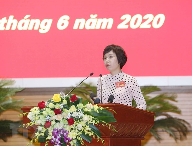 PM lauds media for contributions to COVID-19 fight hinh anh 2