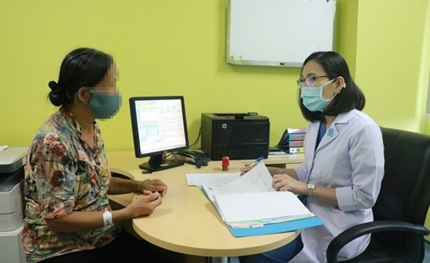 Day surgery increasingly performed at public hospitals hinh anh 1