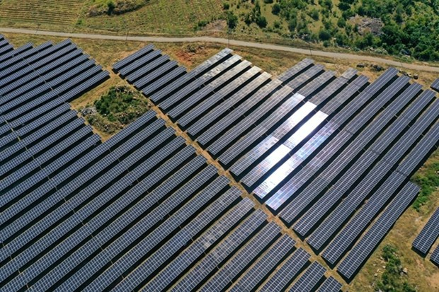 PM asks to manage solar power projects for national security hinh anh 1