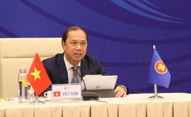 ASEAN officials discuss preparations for upcoming activities hinh anh 1