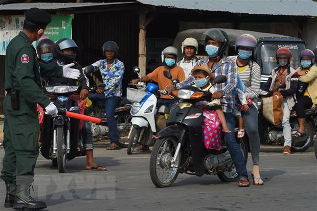 Cambodia lifts restriction on cross-border travel with Vietnam hinh anh 1