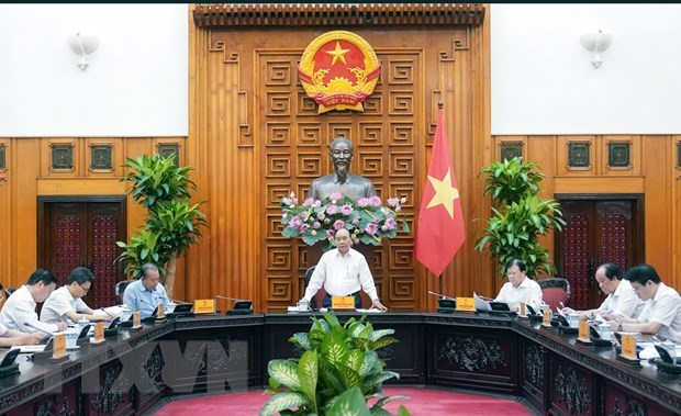 PM orders recent hikes in household electricity bill under scrutiny hinh anh 1