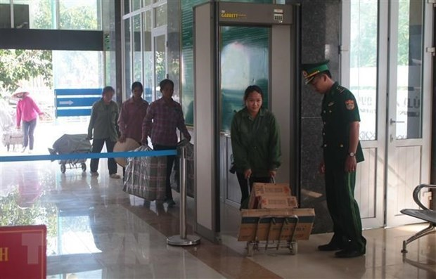 Two human traffickers prosecuted in Lang Son hinh anh 1