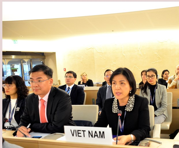 UN council adopts documents promoting human rights hinh anh 1