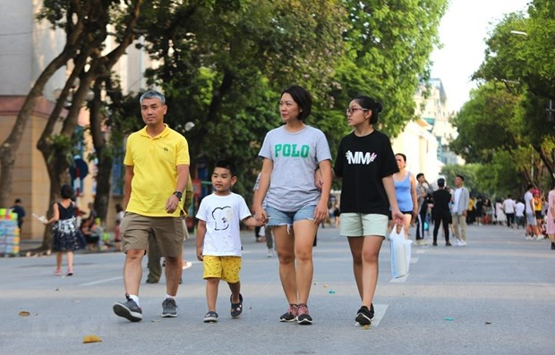 Hanoi aims to receive 11 million domestic tourists in H2 hinh anh 1