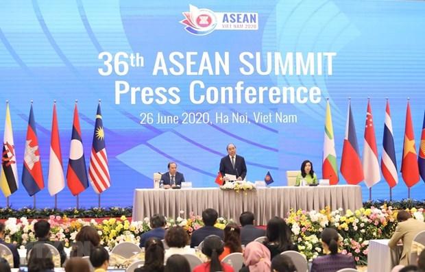 PM Nguyen Xuan Phuc: 36th ASEAN Summit a success hinh anh 1