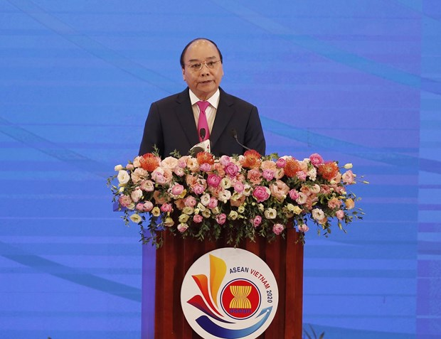 Prime Minister Nguyen Xuan Phuc's remarks at ASEAN-36 Summit's opening ceremony hinh anh 1