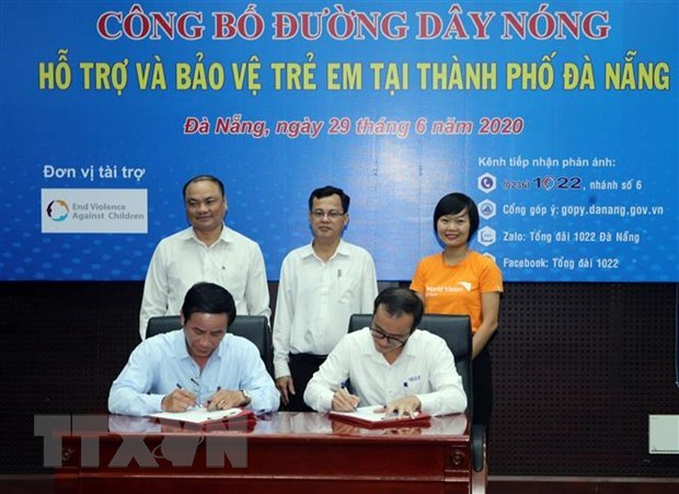 Da Nang launches hotline to protect children from sexual abuse hinh anh 1