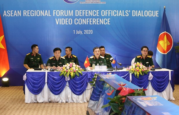 Vietnam prioritises defence-security cooperation in ASEAN Regional Forum hinh anh 1