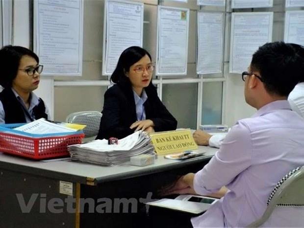 Recruitment demands drop 20 percent in Q2 hinh anh 1
