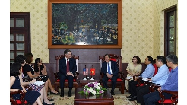 Vietnam, US look to expand press cooperation hinh anh 1