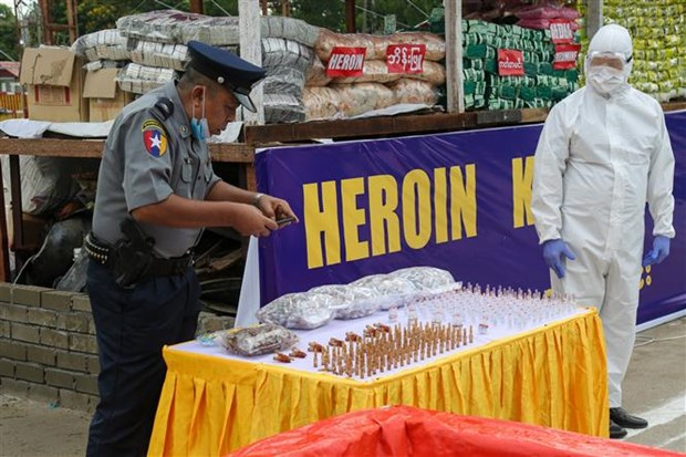 Myanmar seizes large haul of narcotic drugs hinh anh 1