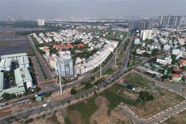 H1 State budget revenue in HCM City plummets hinh anh 1
