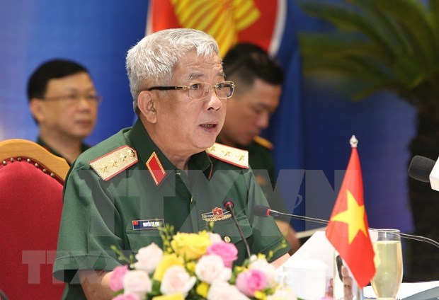 Vietnam, Russia boost bilateral defence cooperation hinh anh 1