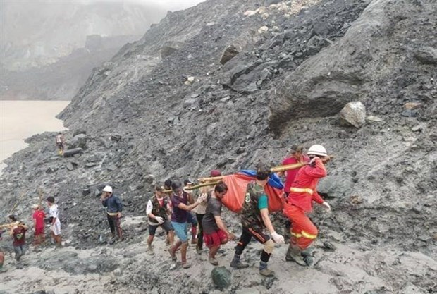 ASEAN Foreign Ministers offer condolences to Myanmar over jade mine disaster hinh anh 1