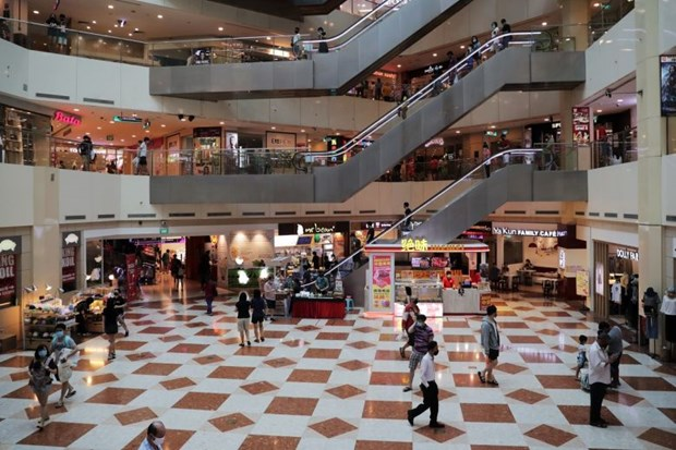 Singapore's retail sales make new record drop in May hinh anh 1