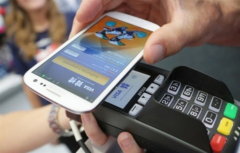 How will mobile money affect e-wallets? hinh anh 1