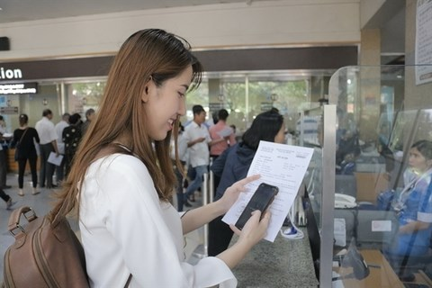 HCM City's hospitals switch to cashless payment hinh anh 1