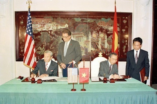 Vietnam, US overcome differences for mutual benefit hinh anh 1