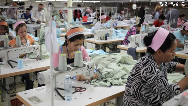 Cambodia's garment-textile exports reach 3.7 billion USD in H1 hinh anh 1