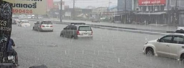 Northern Thailand hit by flash floods hinh anh 1