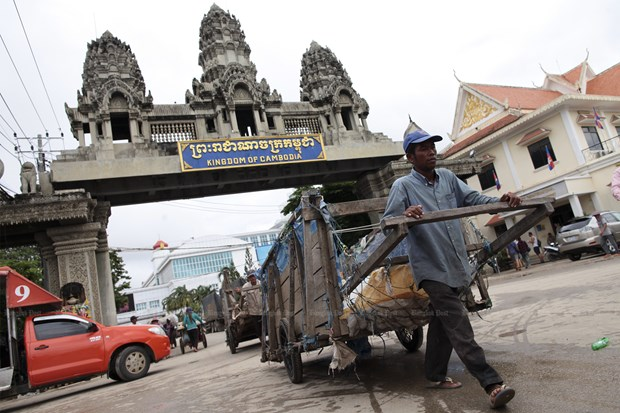 Thailand's border trade down 9.7 percent in five months hinh anh 1