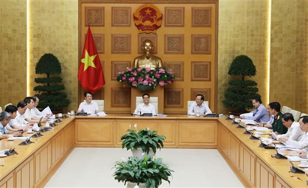 Deputy PM asks for new multi-dimensional poverty standards hinh anh 1