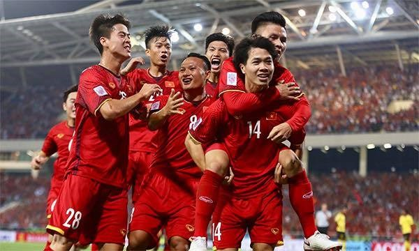 Vietnam still lead Southeast Asia's football rankings hinh anh 1