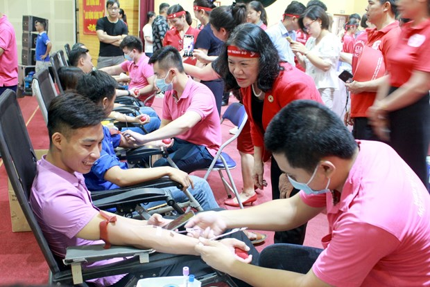 Red Journey comes to Bac Giang, over 570 blood units collected hinh anh 1