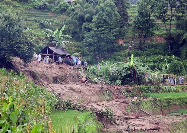 Flooding kills two in northern Ha Giang province hinh anh 1