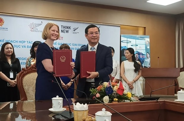 Vietnam, New Zealand renew Strategic Engagement Plan on Education hinh anh 1