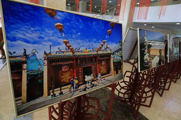 Vietnam's culture, coastal life impresses Russian audience hinh anh 4