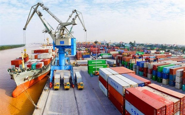 Officials urge hastened issuance of legal documents to implement FTAs hinh anh 1