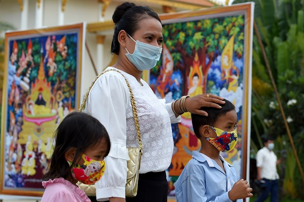 Cambodia considers easing entry regulations hinh anh 1
