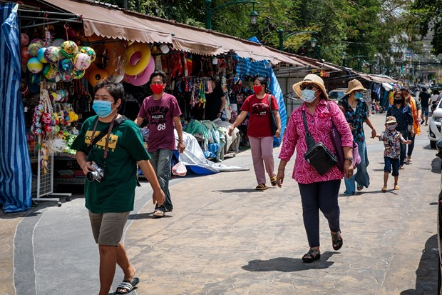 Thailand's emergency rule against COVID-19 extended till August 31 hinh anh 1