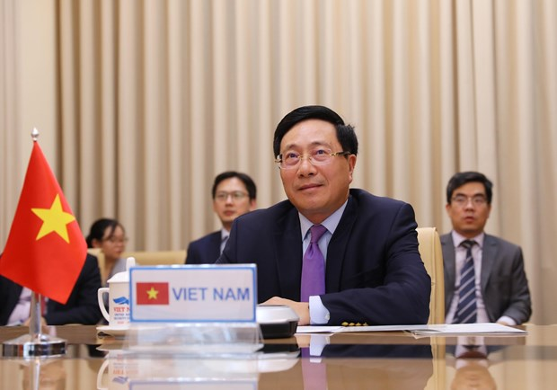 Vietnam seriously implements climate change-related commitments: Deputy PM hinh anh 1