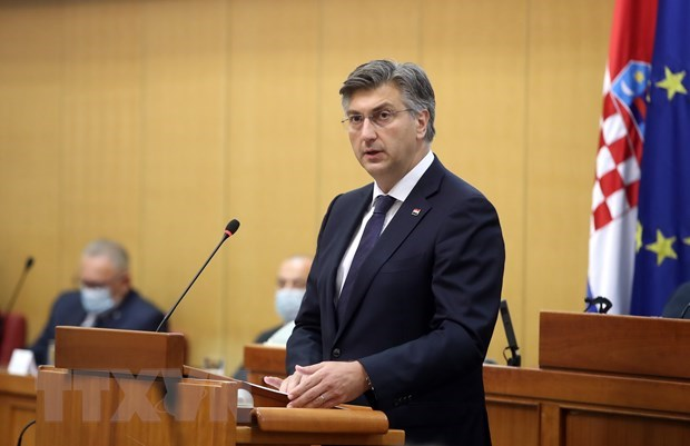 Congratulations to re-elected Prime Minister of Croatia hinh anh 1