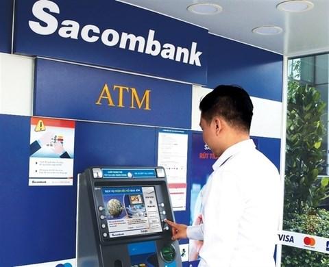 Organisations rush to sell Sacombank shares to retrieve debts hinh anh 1
