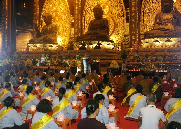Vietnam Buddhist Sangha orders suspension of festivals, mass gatherings hinh anh 1