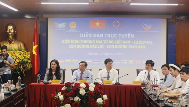 Businesses explore cooperation opportunities under EVFTA hinh anh 1