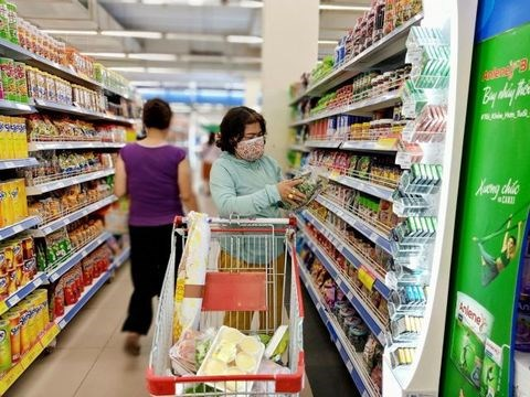 Retailers increase stocks to ensure supply in all circumstances hinh anh 1