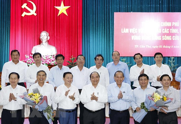 PM holds working session with Mekong Delta localities hinh anh 1