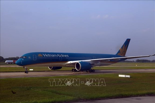 Vietnam Airlines adjusts flight schedules due to storm Sinlaku hinh anh 1
