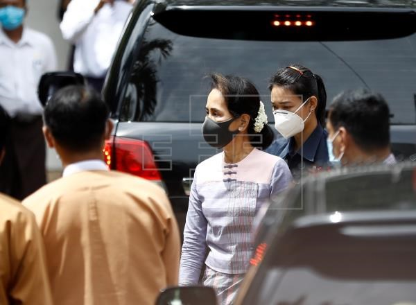 Myanmar: Aung San Suu Kyi confirms to run for November election as legislator hinh anh 1