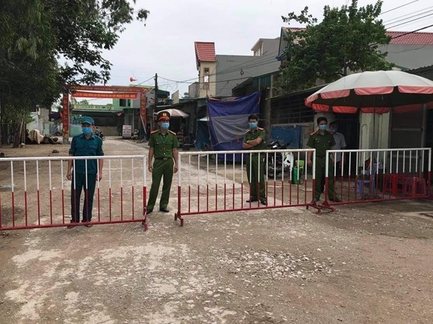 Vietnam reports three new community COVID-19 cases hinh anh 1